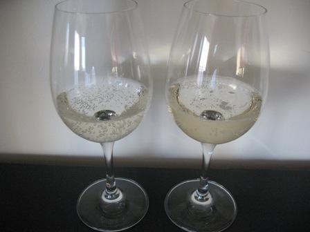 Lancers bezalkogolinoe vino