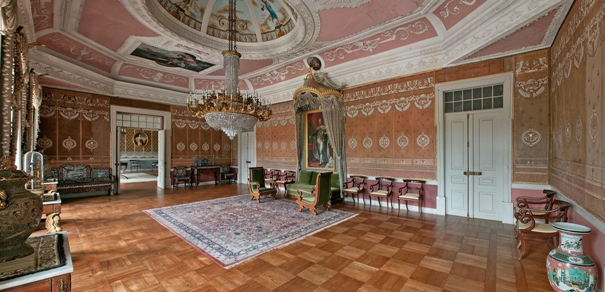Королевский зал во дворце, Португалия, Монсау, Зеленые вина