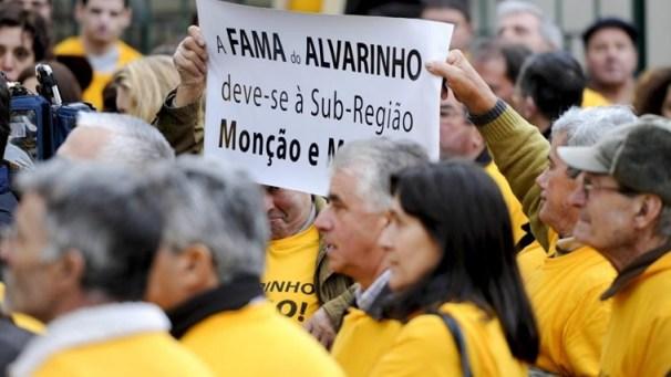 Демонстрация - Монсау и Мелгасу - Алваринью