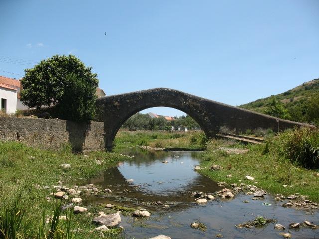 Римский мост в Шелейруш, Мафра, Португалия