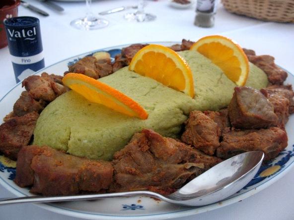 Свинина с мигаш - типичное блюдо в Алентежу